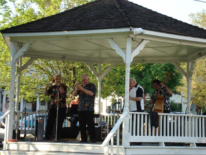 Gene Childers & The Jubilee Jazz Band